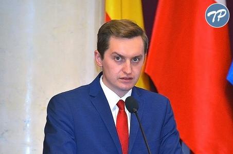 Warszawa. Sebastian Kaleta oraz Jacek Ozdoba pożegnani przez radnych.