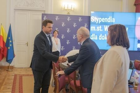 Stypendia m.st Warszawy dla doktorantów.