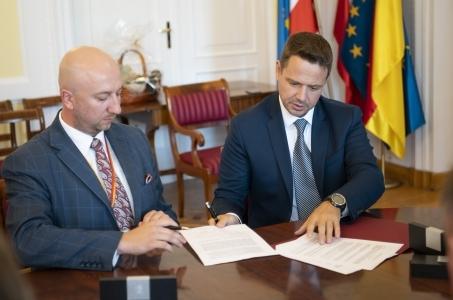 Warszawa przekazuje 2 mln zł dla Podkarpacia.