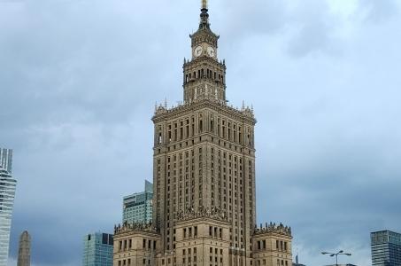 Warszawa. W trzyletnim planie nie przewidziano mycia elewacji Pałacu Kultury i Nauki.